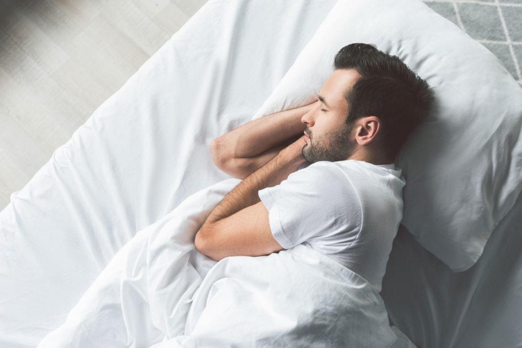 Le apnee notturne aumentano di 10 volte il rischio di glaucoma