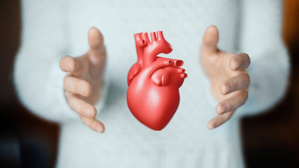 Fibrillazione Atriale e insufficienza renale: bassa incidenza di sanguinamenti ed emorragie intracraniche in pazienti fragili e anziani con FA in terapia con edoxaban.